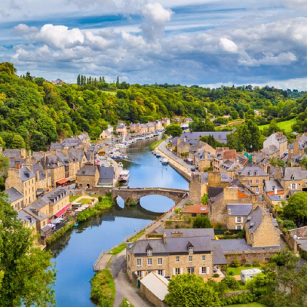 Chefs Catalog: Win a 7-Night River Cruise Through France
