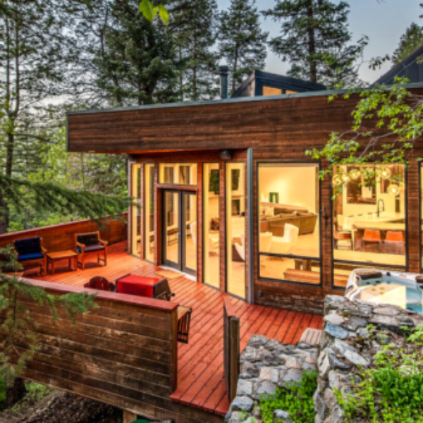 Great Outdoors: Win $3,000 in Vrbo Vacation Rentals